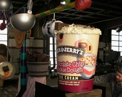 Ben & Jerry's Giant Pint